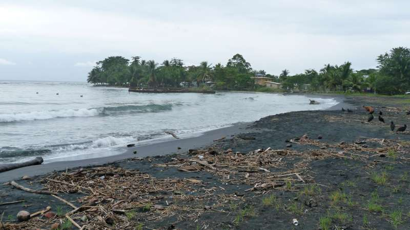 Photographs of puerto viejo costa rica for Black sand beaches costa rica