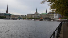 Hamburg City Centre Lake